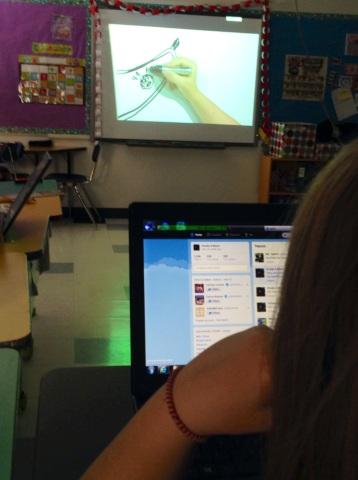 Tweeting while watching webcast
